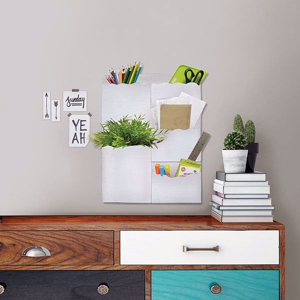 Picture of White 5 Pocket Wall Organizer