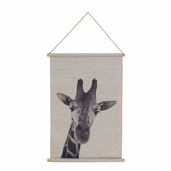 Picture of Giraffe Hanging Linen Tapestry