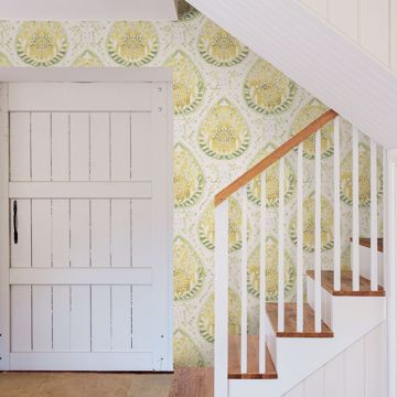 Picture of Alistair Yellow Medallion Wallpaper