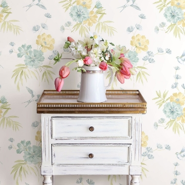Picture of Deja Light Green Floral Wallpaper