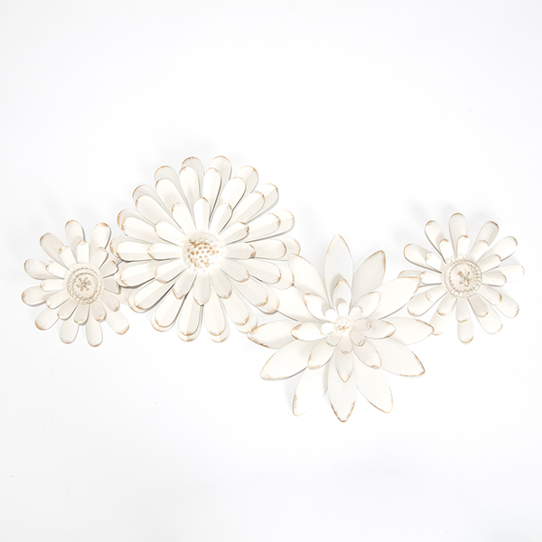 Picture of Mambas White Floral Chain Metal Wall Art