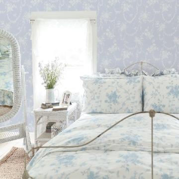 Picture of Chandelier Gates Sky Blue Floral Drape Wallpaper